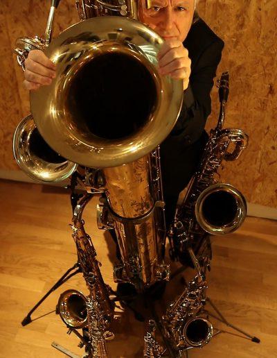 7 saxophones en fleur